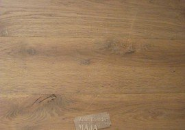 Gerookte eikenhouten vloer
