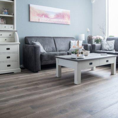 Maja's houten vloer smoked-grey